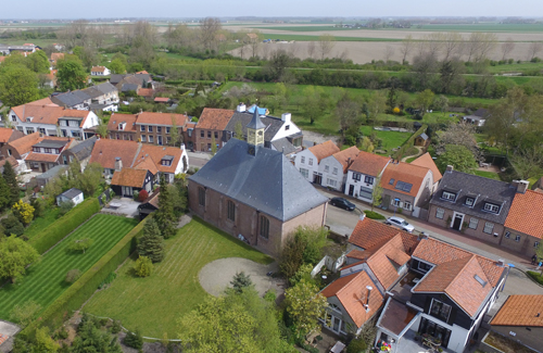 retranchement luchtfoto kerk